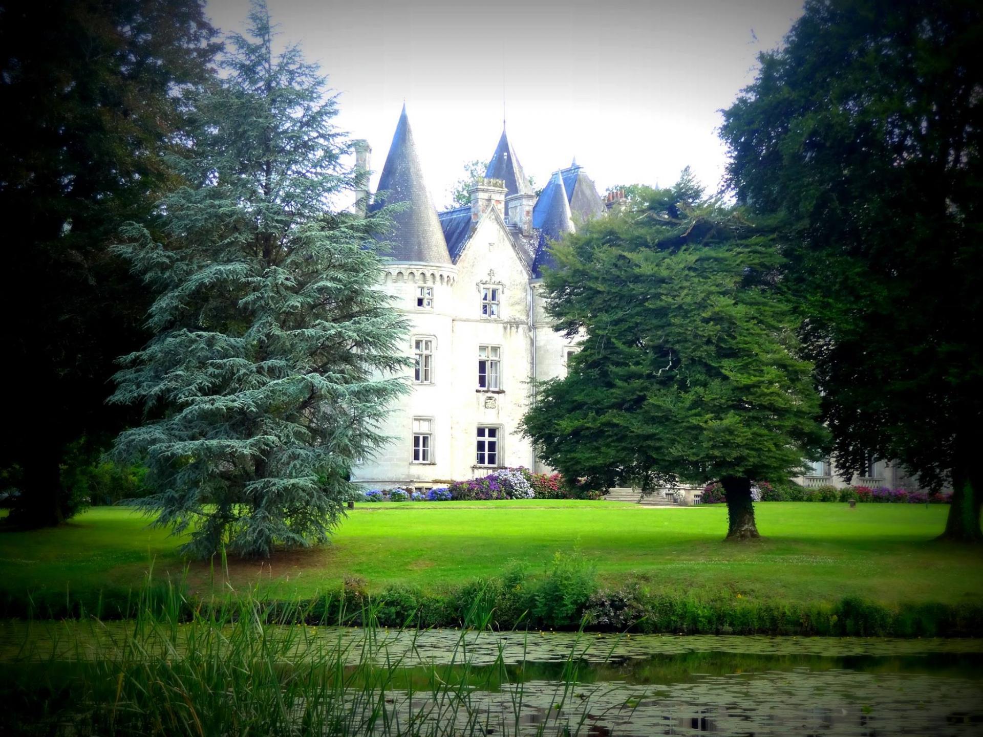 Dana chateau de tredion
