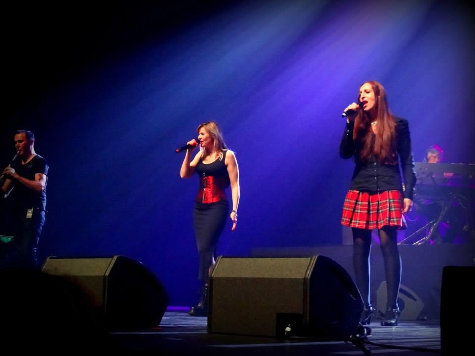 Dana concert pour le nepal 10