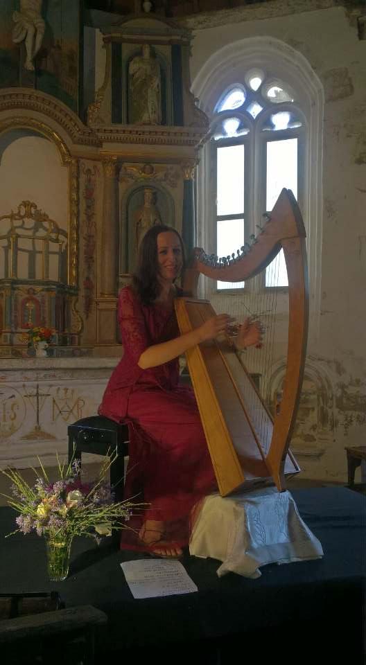 Dana en concert a la chapelle de legevin